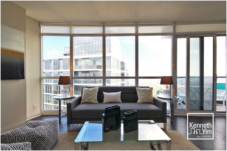 03 Living Room 3.jpg