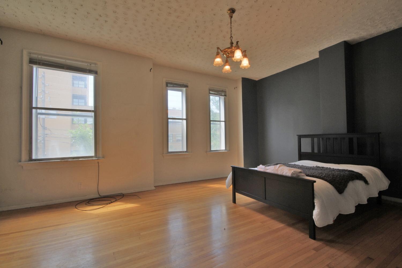 103 Upstairs Master Bedroom 2.jpg