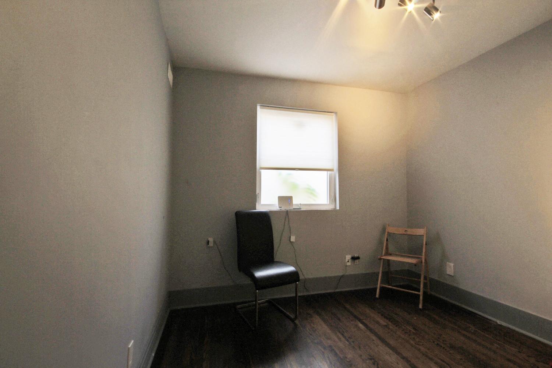 08 Main Back Room.jpg