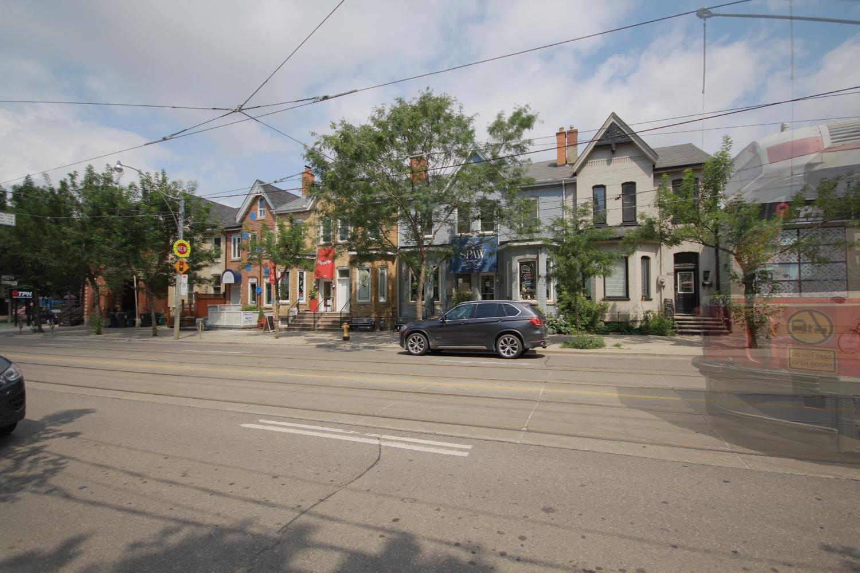11 Streetcar.jpg