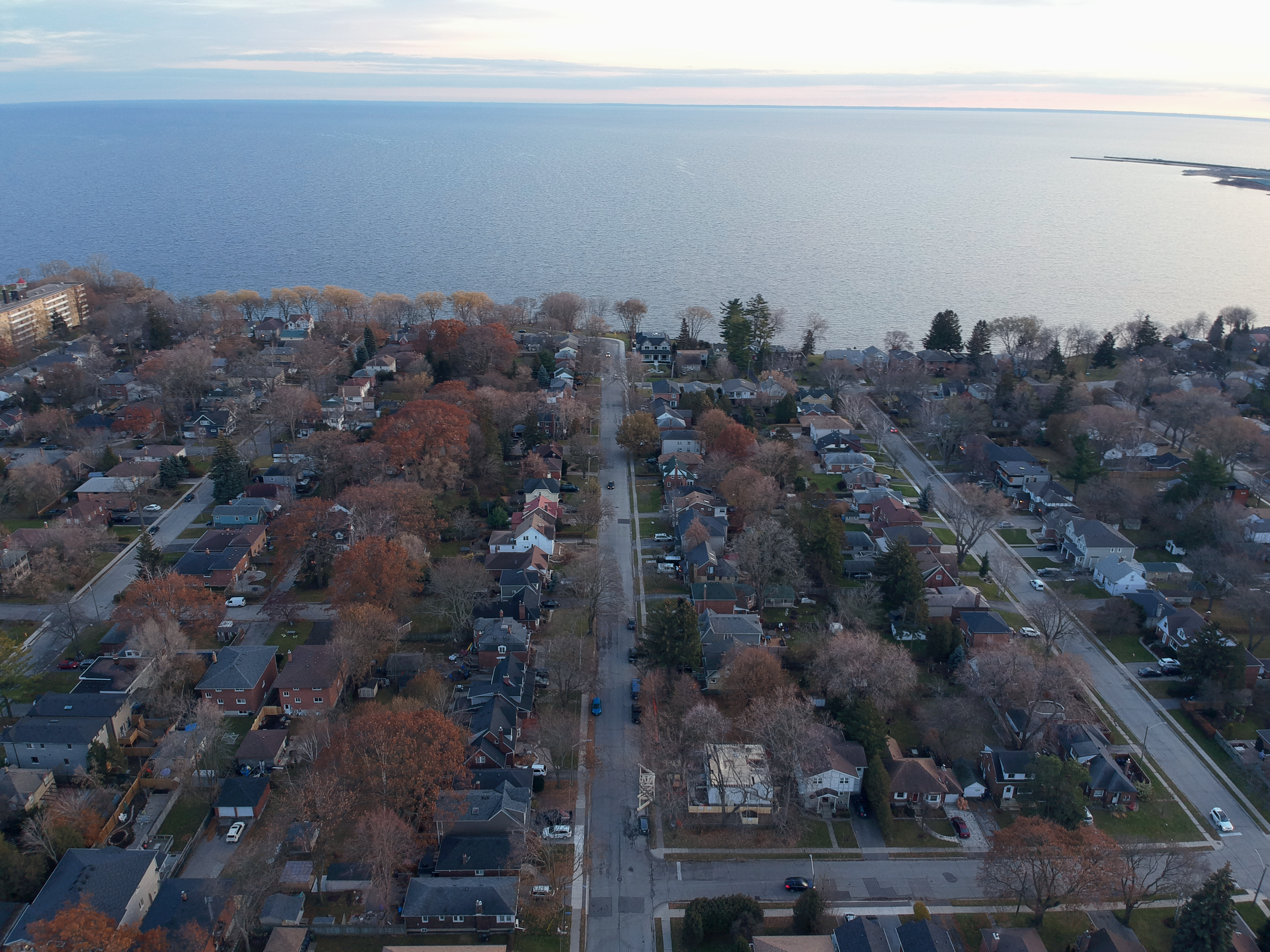 Empty Development Lot, situated just 300m away from Lake Ontario.