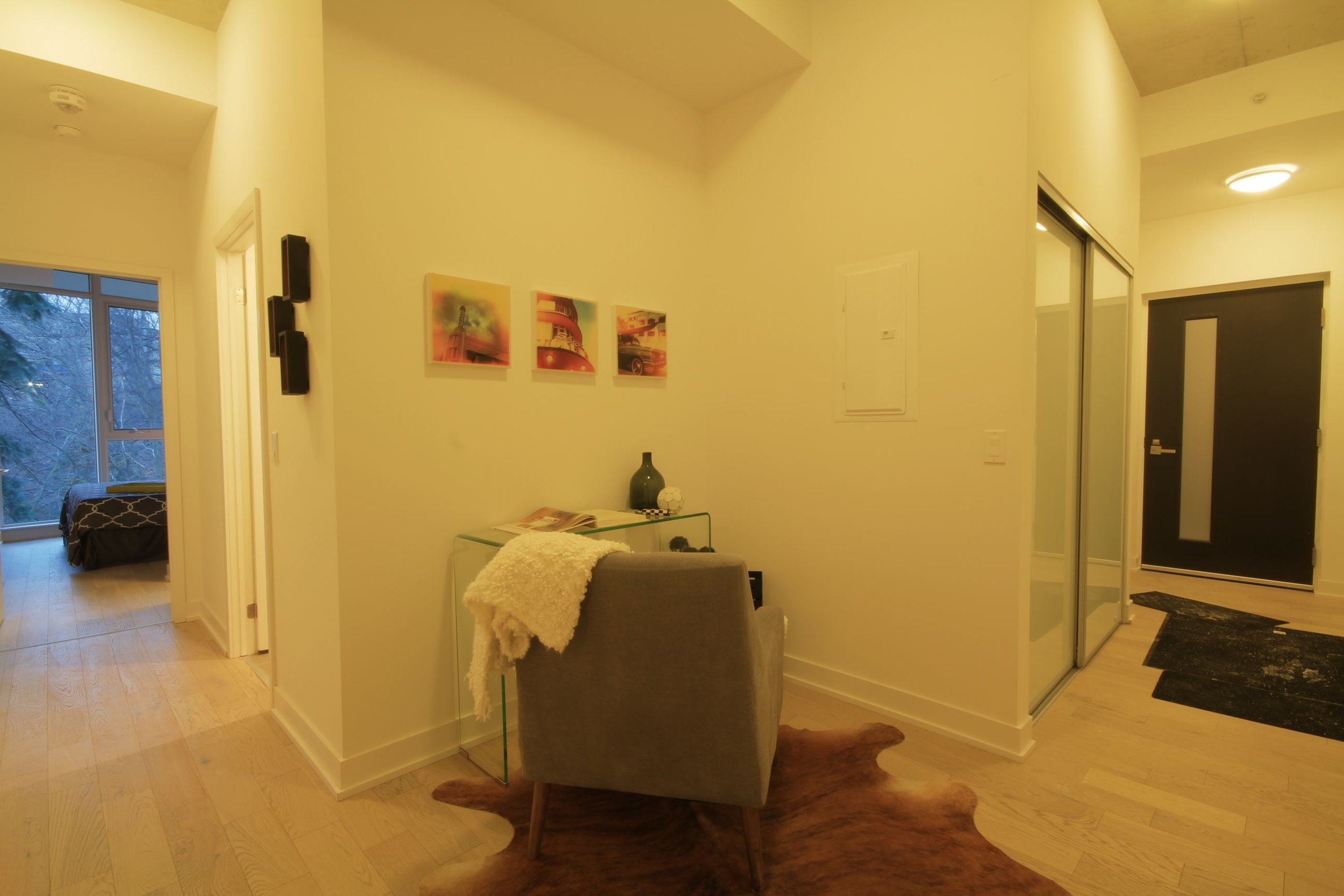 02 Office Area.jpg