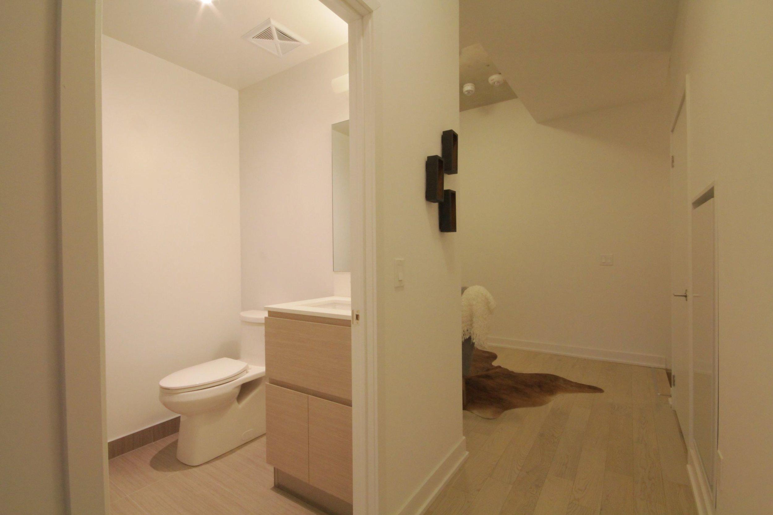 05 Bathroom Second.jpg