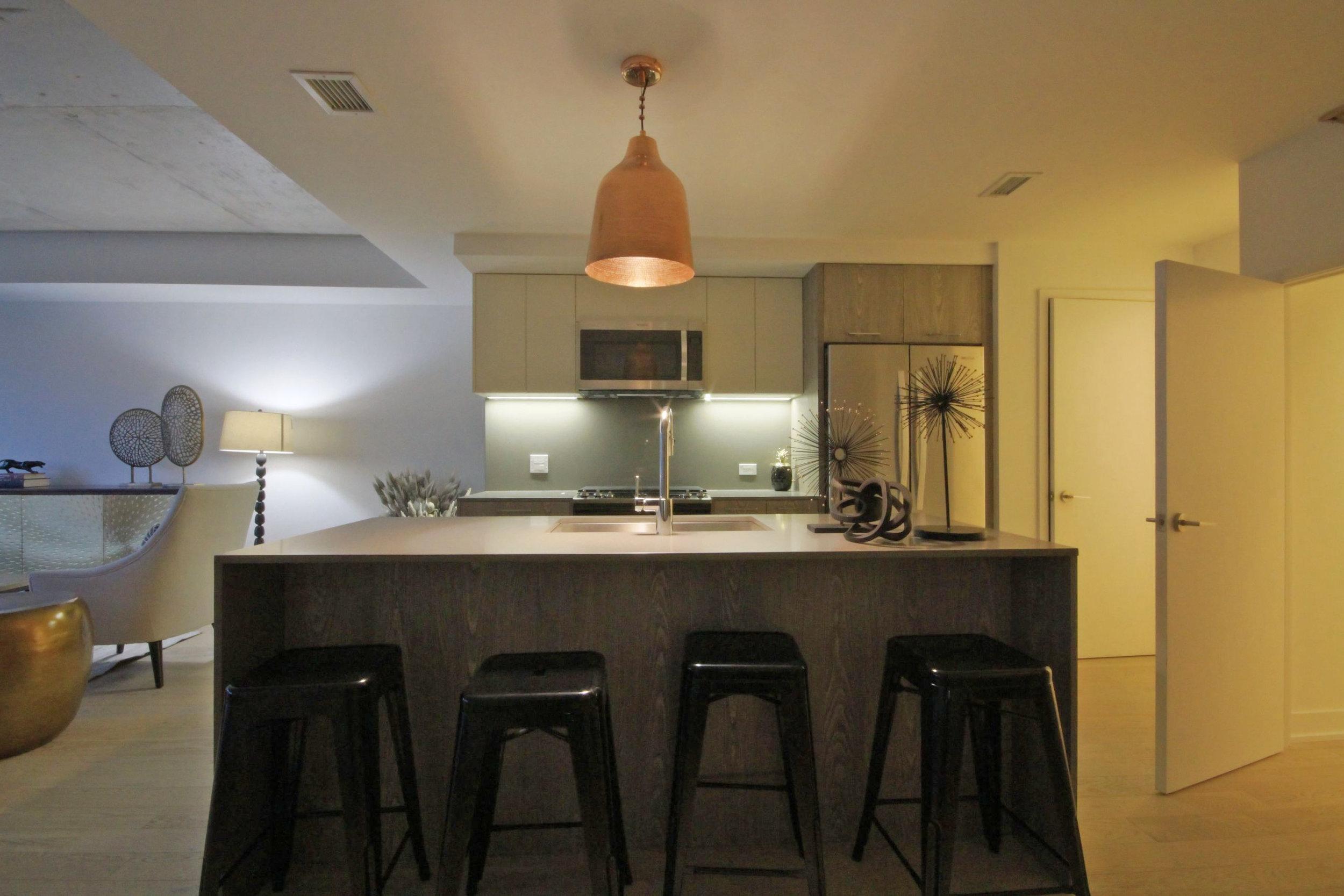15 Kitchen 1.jpg