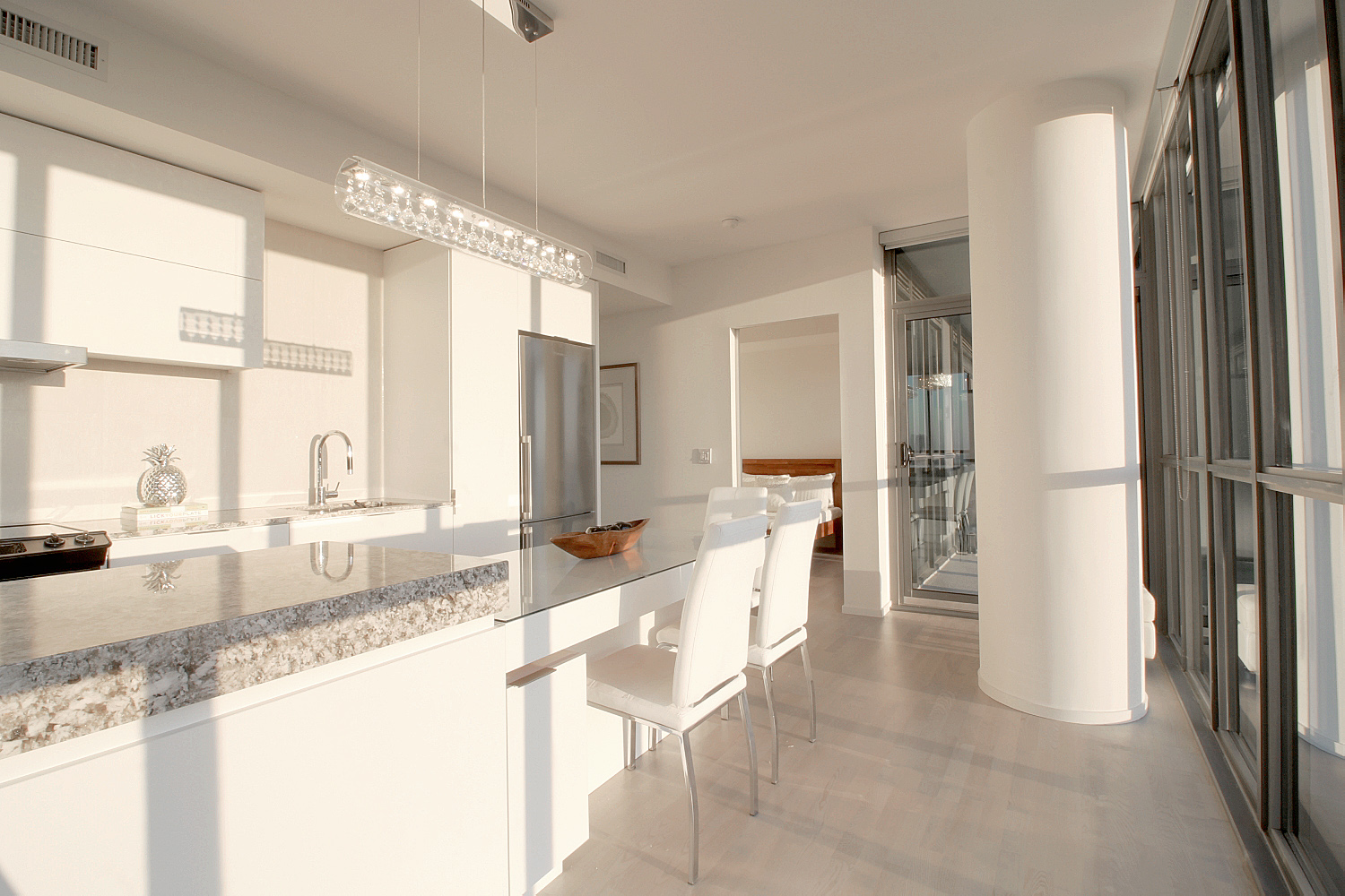 04. Kitchen and Dining.jpg