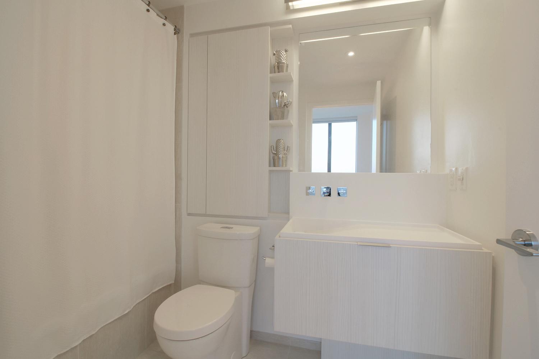 11. Master Bathroom.jpg