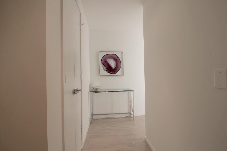 15. Foyer 1.jpg