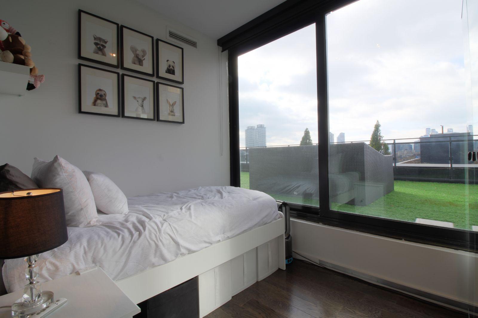 08 - Second Bedroom 2.jpg