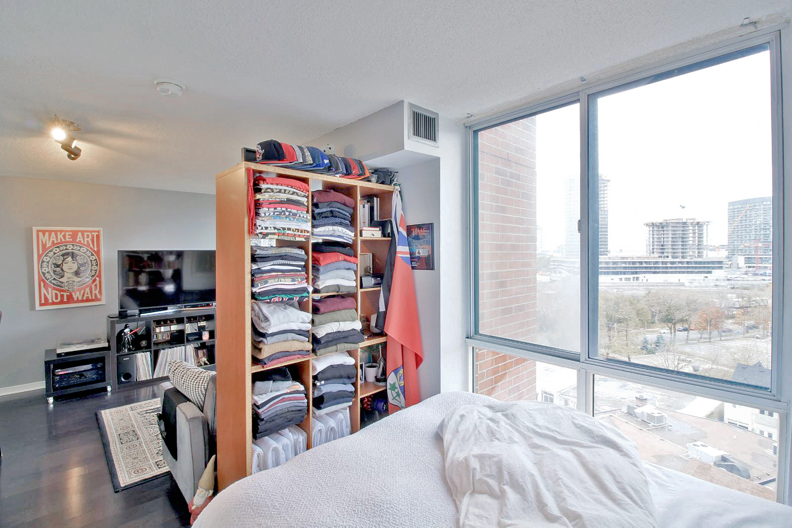 05 - 801 King Street West 907 - Bedroom 2.jpg