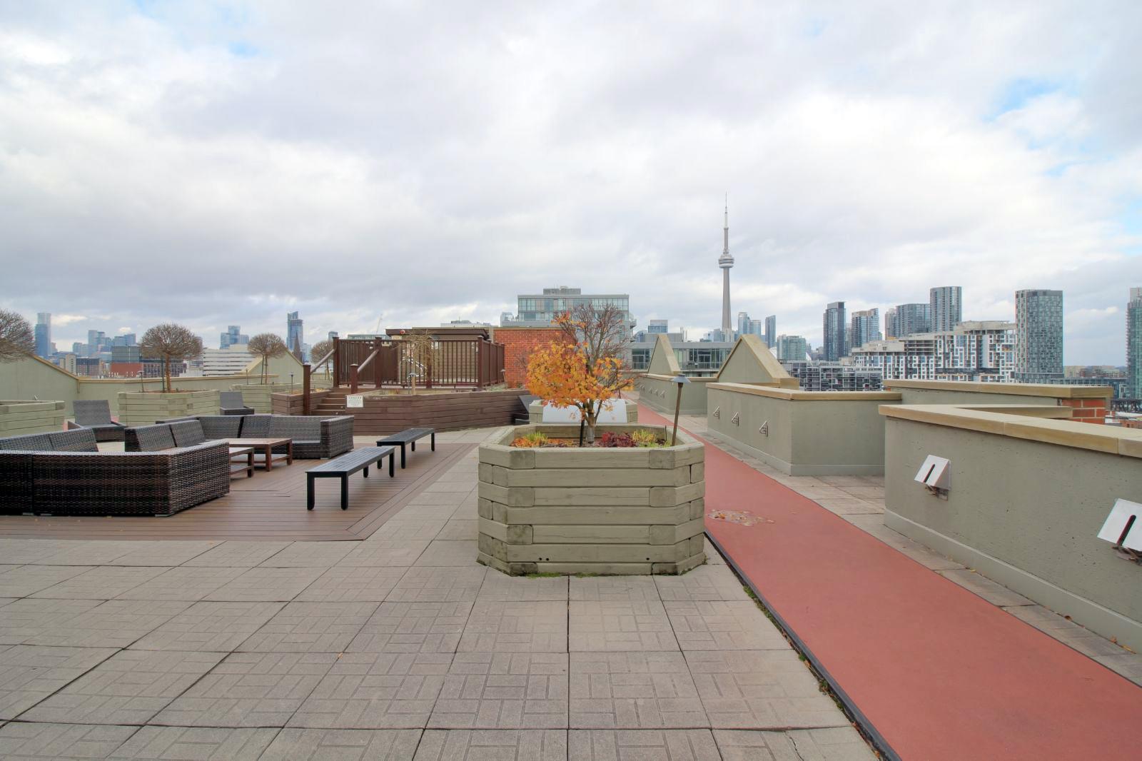 07 - Outdoor - Rooftop 1.jpg