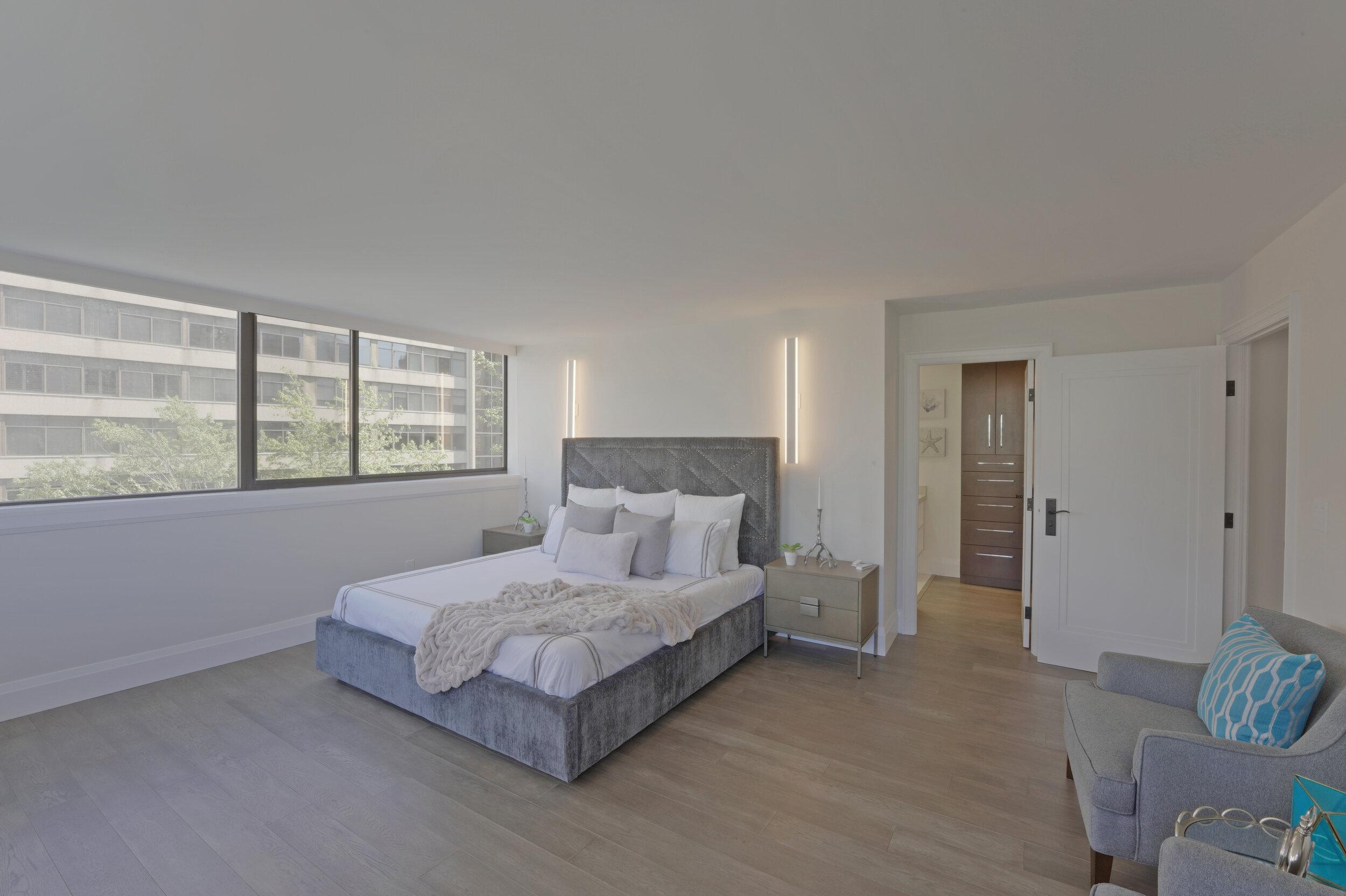 11 - Master Bedroom 3 - DSC00507_08_09_10_11.jpg