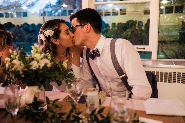 Devic Fotos | Artistc & Candi Wedding Photography