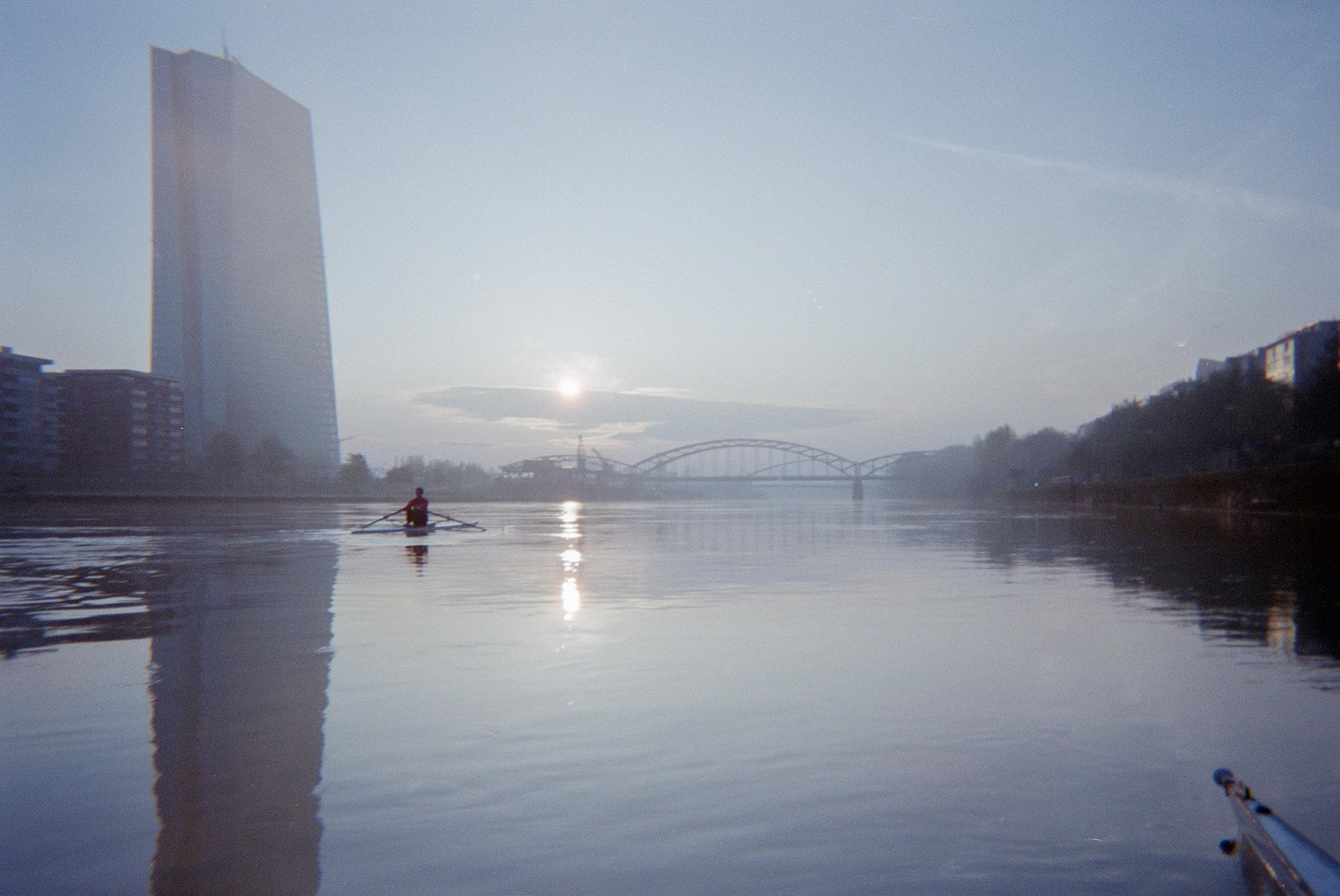 Rowing224.jpg