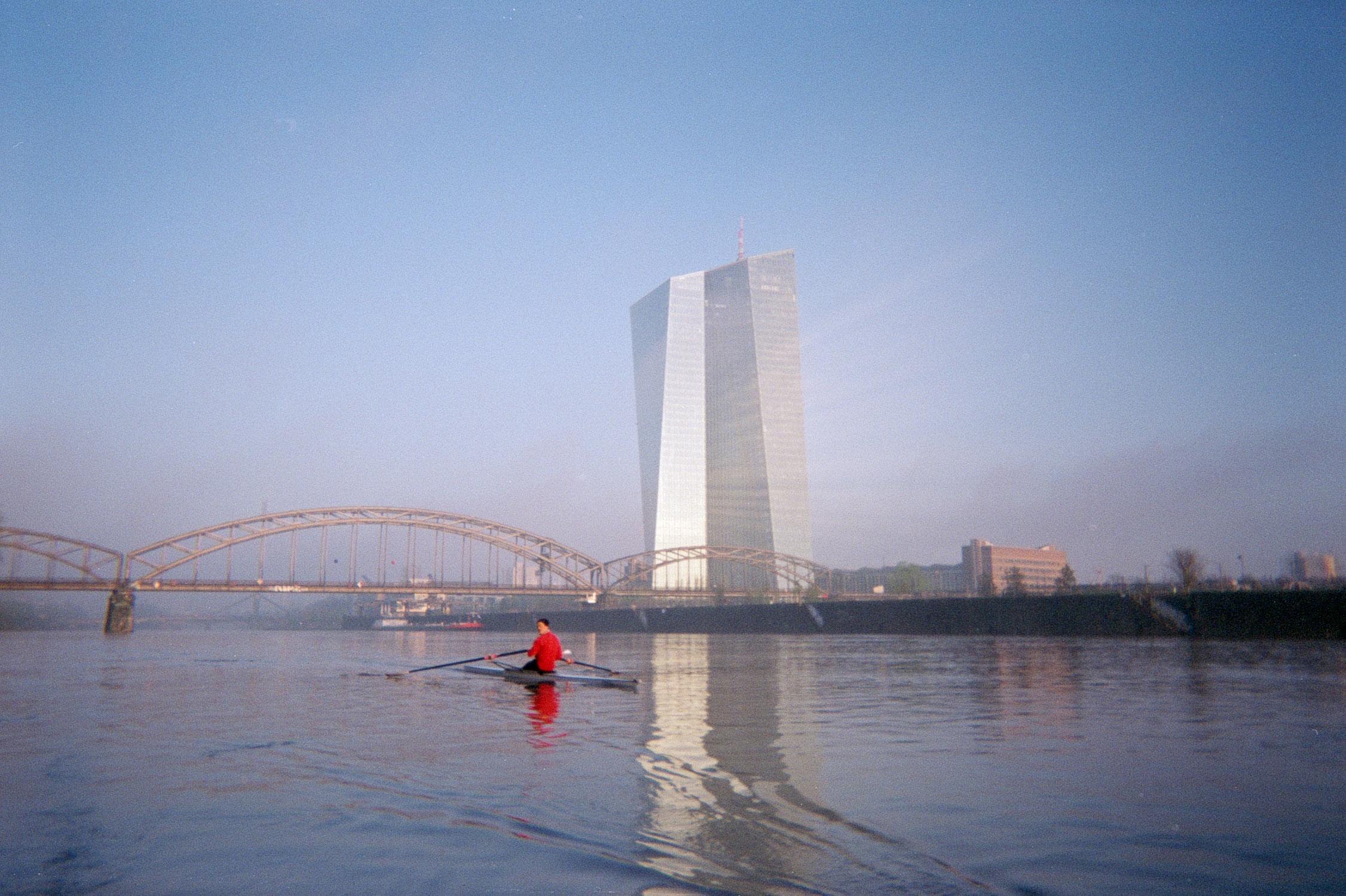 Rowing4.jpg