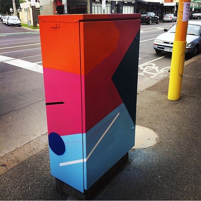 Check out one of the electrical boxes painted by our commissioned artist Klara Rah (@thisisklara) for the Signals project. This minimalist inspired piece is one of several she has already done. We're stoked with the outcome ✌️️#mooneeart #signals #mofproject #publicart
