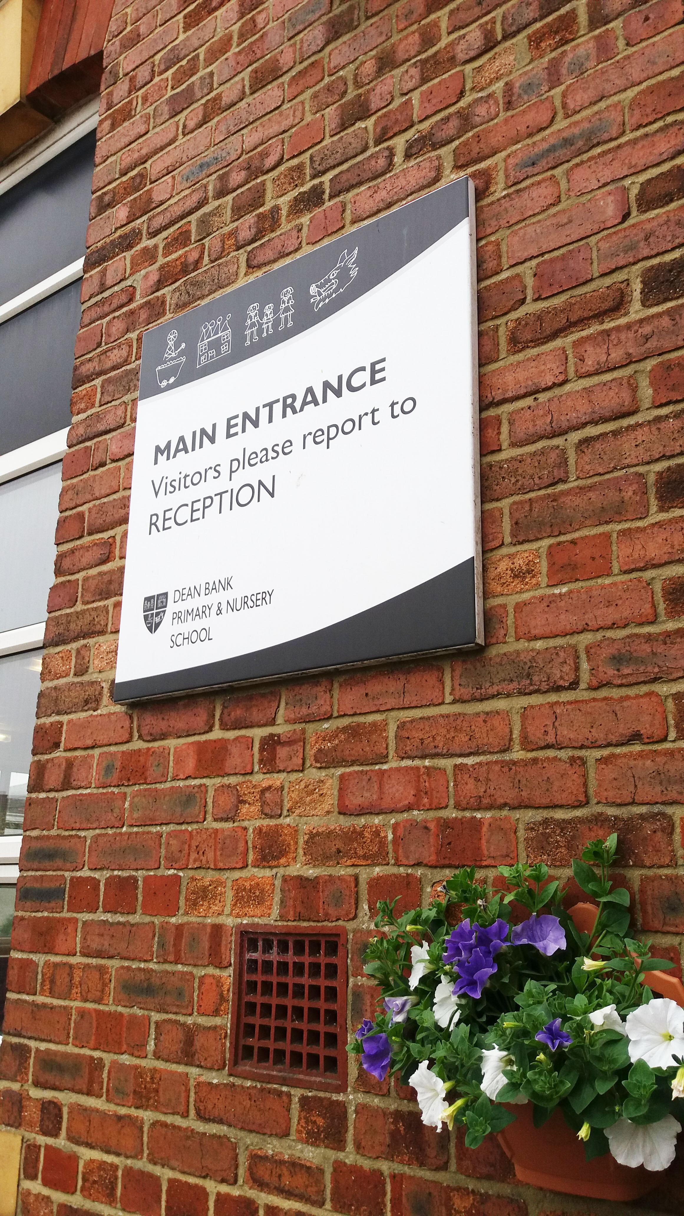 Dean Park Primary & Nursery School