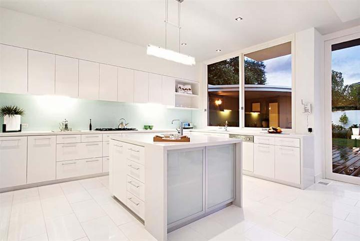 White-Contemporary-Kitchen.jpg
