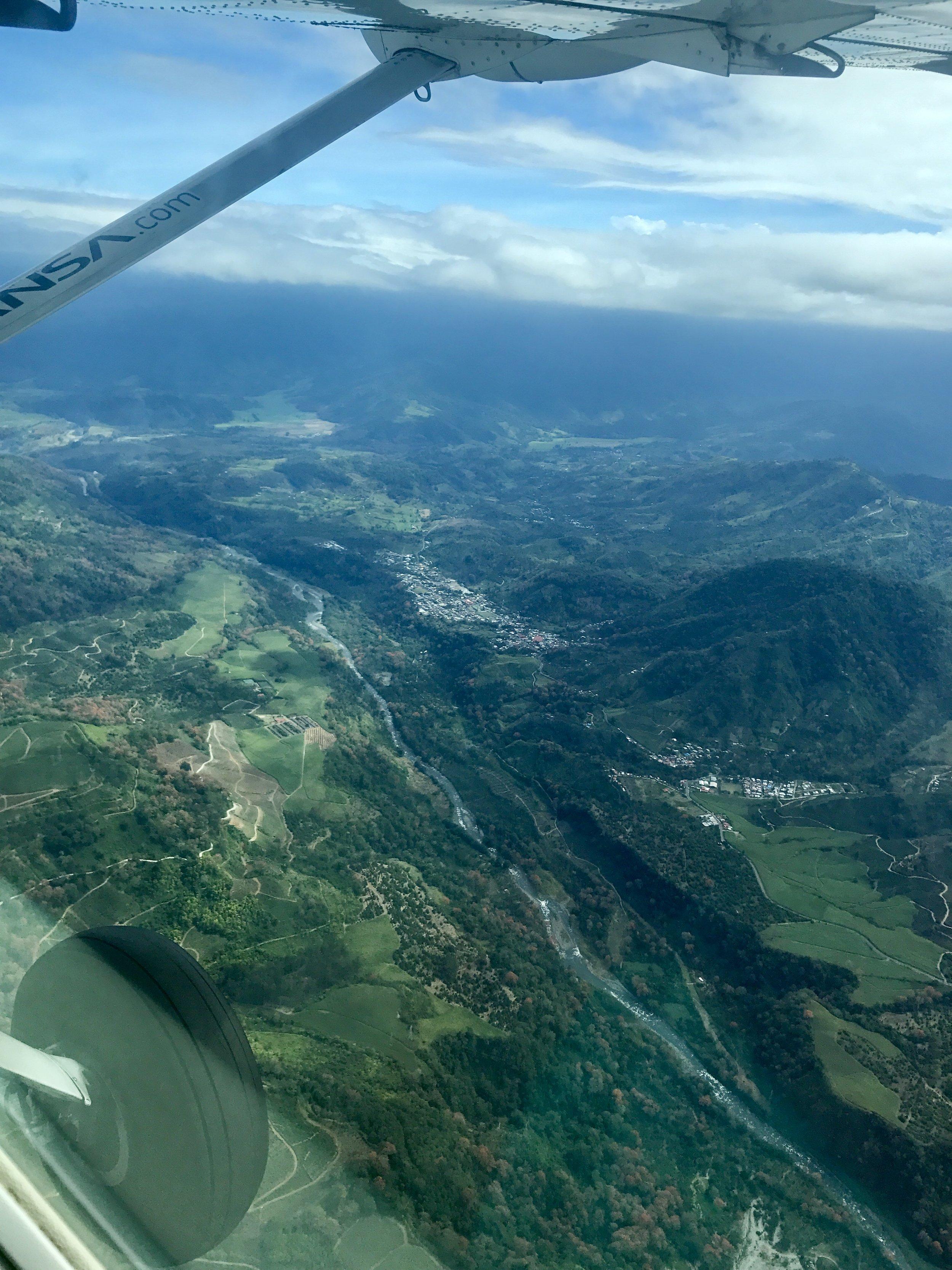 Mini plane to Limón