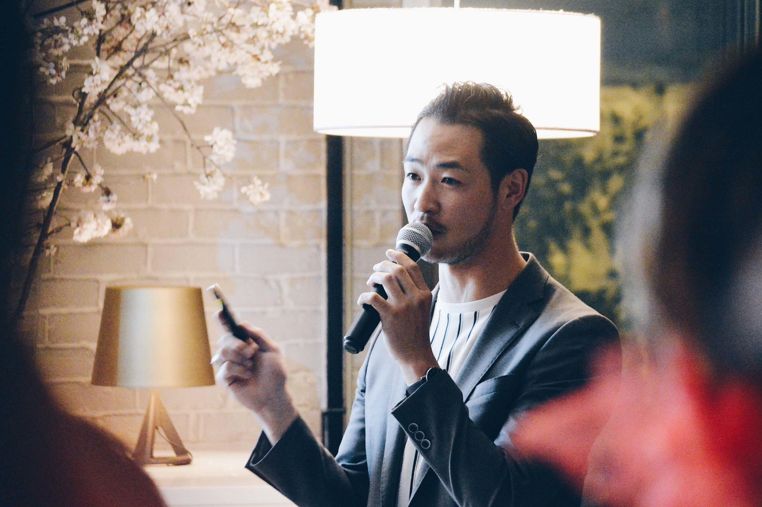 新プロジェクトを発表するAG執行役員の宇羽野