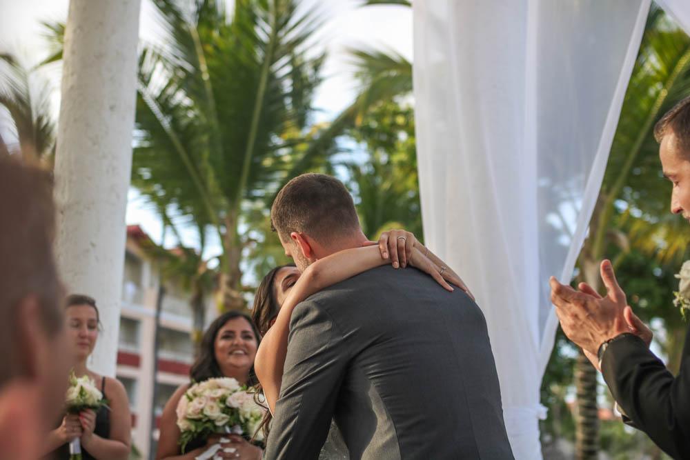 dr wedding fb (13 of 26).jpg
