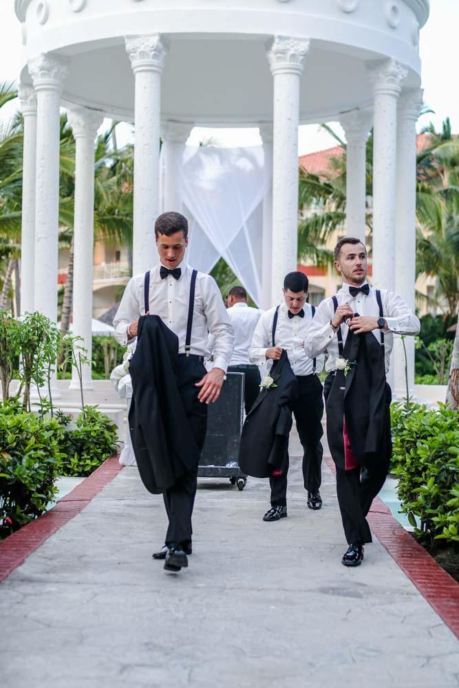 dr wedding fb (25 of 26).jpg