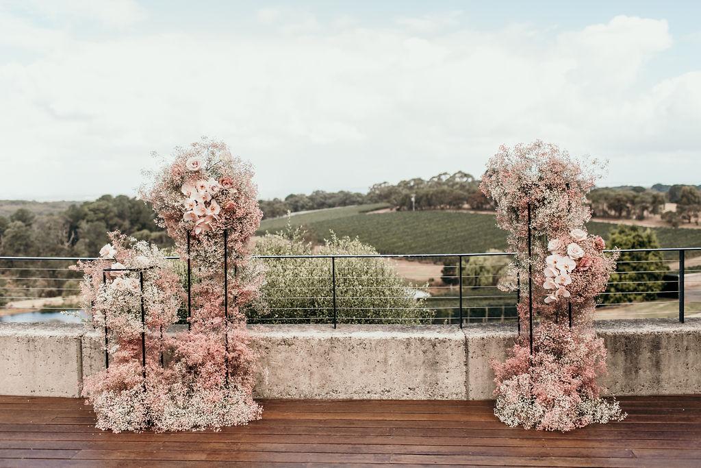 Flowers - Wild Flos | Photo - Lucie Weddings
