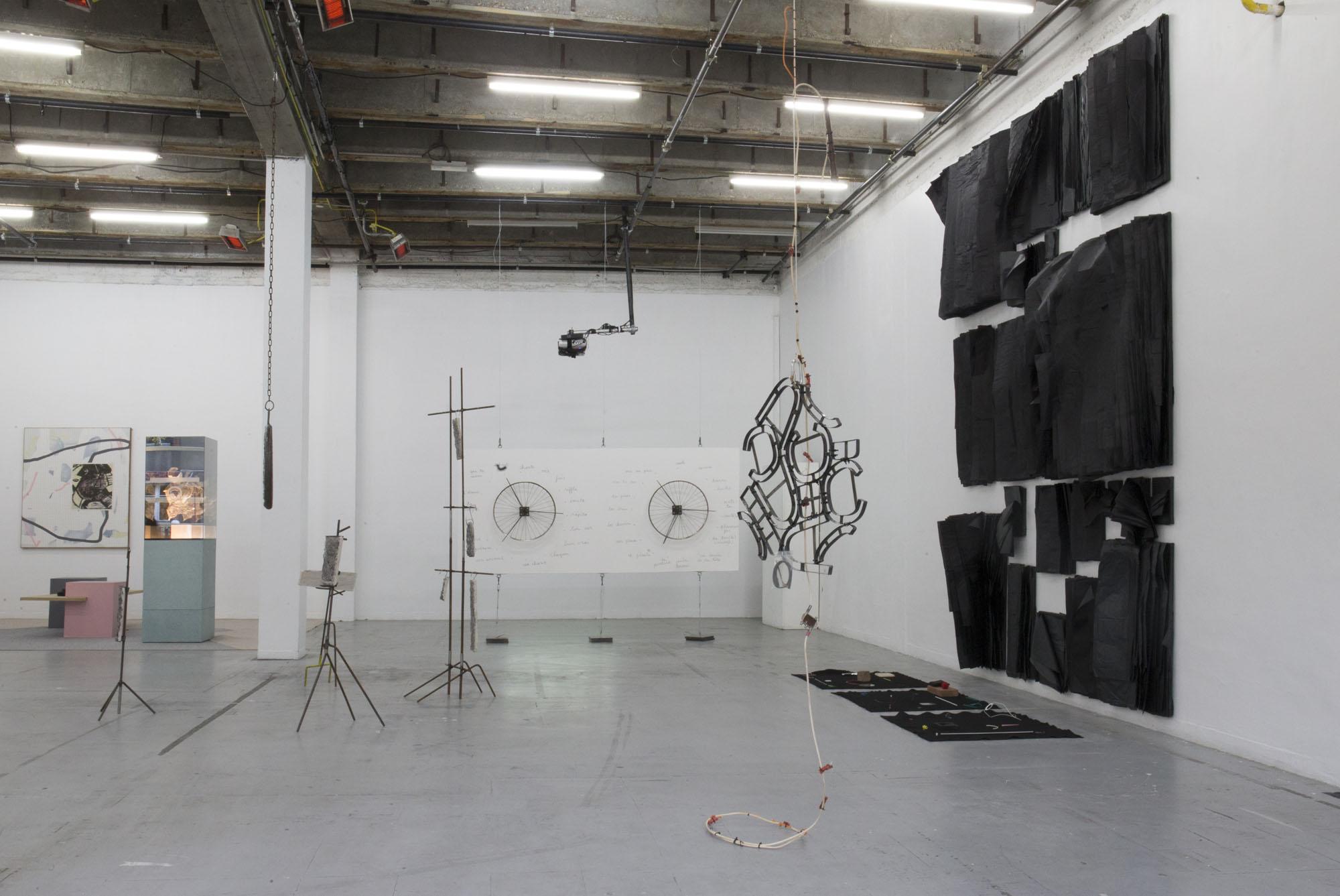4_Quart d'heure américain - heiwata - Mains d'Oeuvres - Exhibition views.jpg