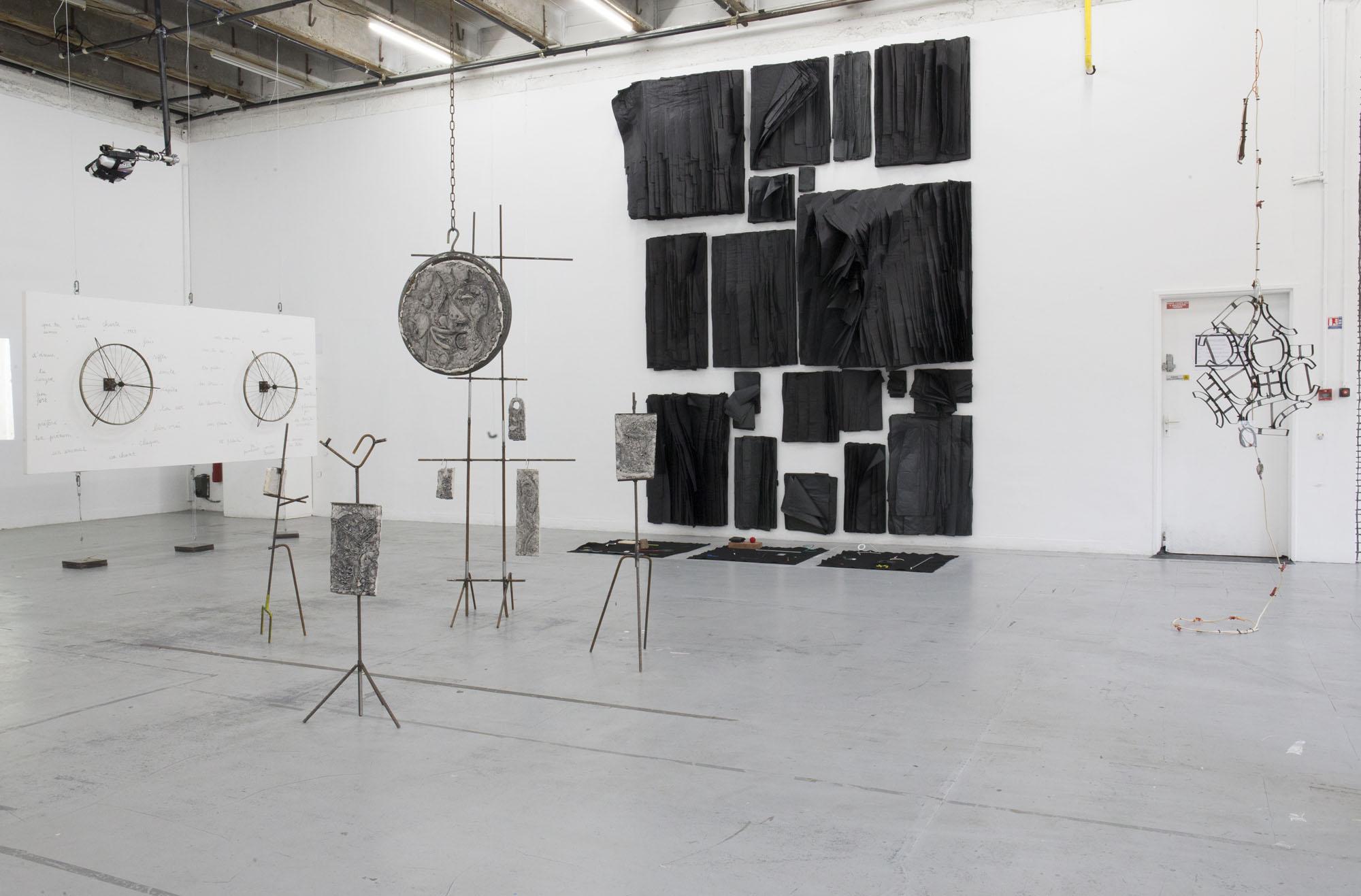 5_Quart d'heure américain - heiwata - Mains d'Oeuvres - Exhibition views.jpg