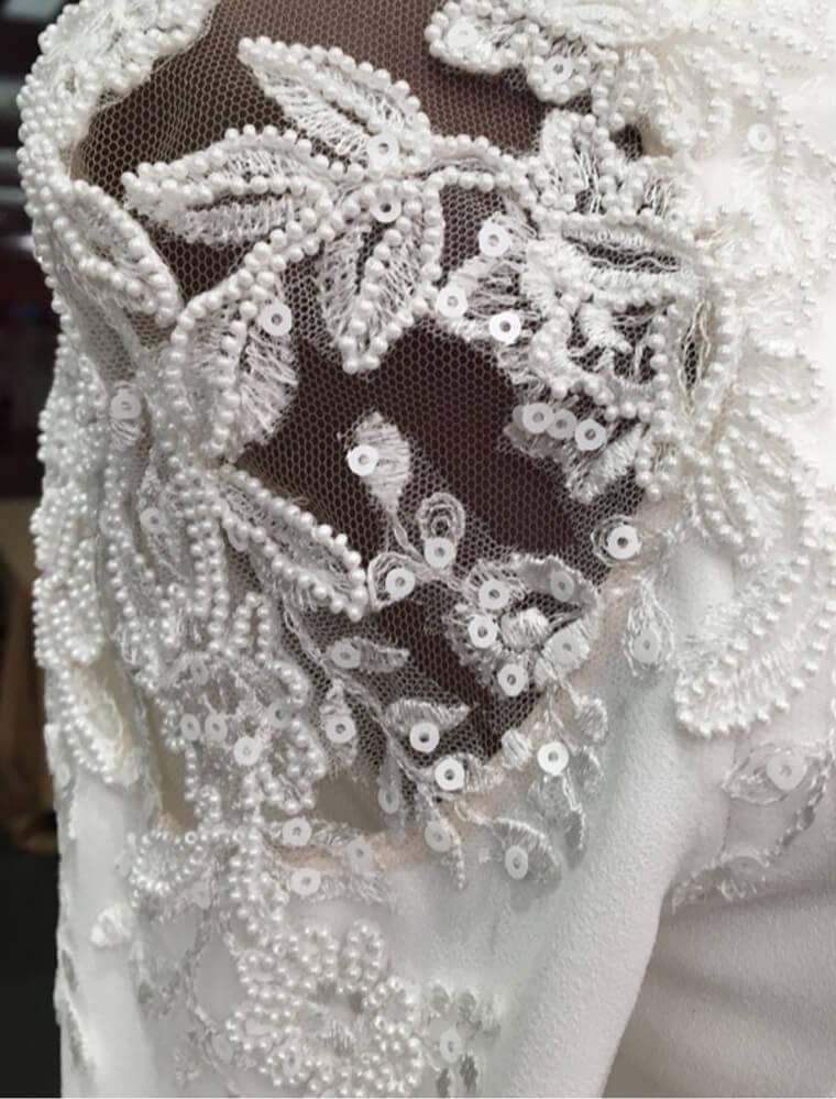 B&C-Blog-Pronovias-Preview-Shoulder-Dress.jpg