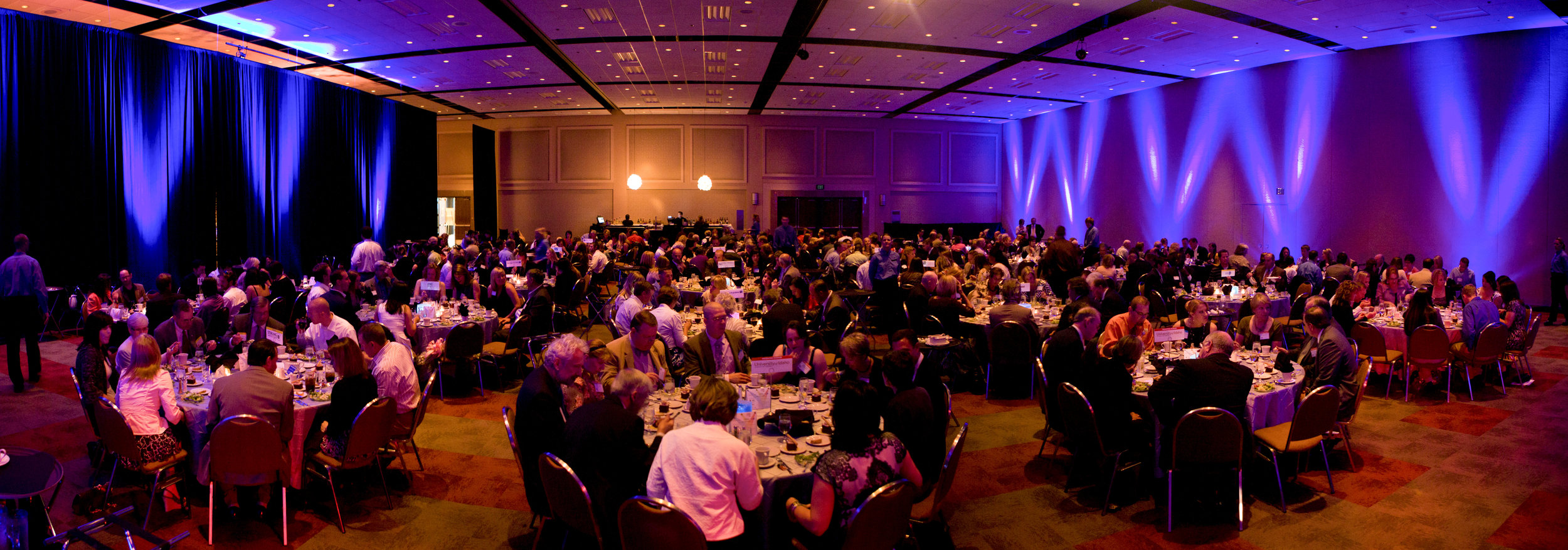 40 Under 40 Unliit Panorama.jpg