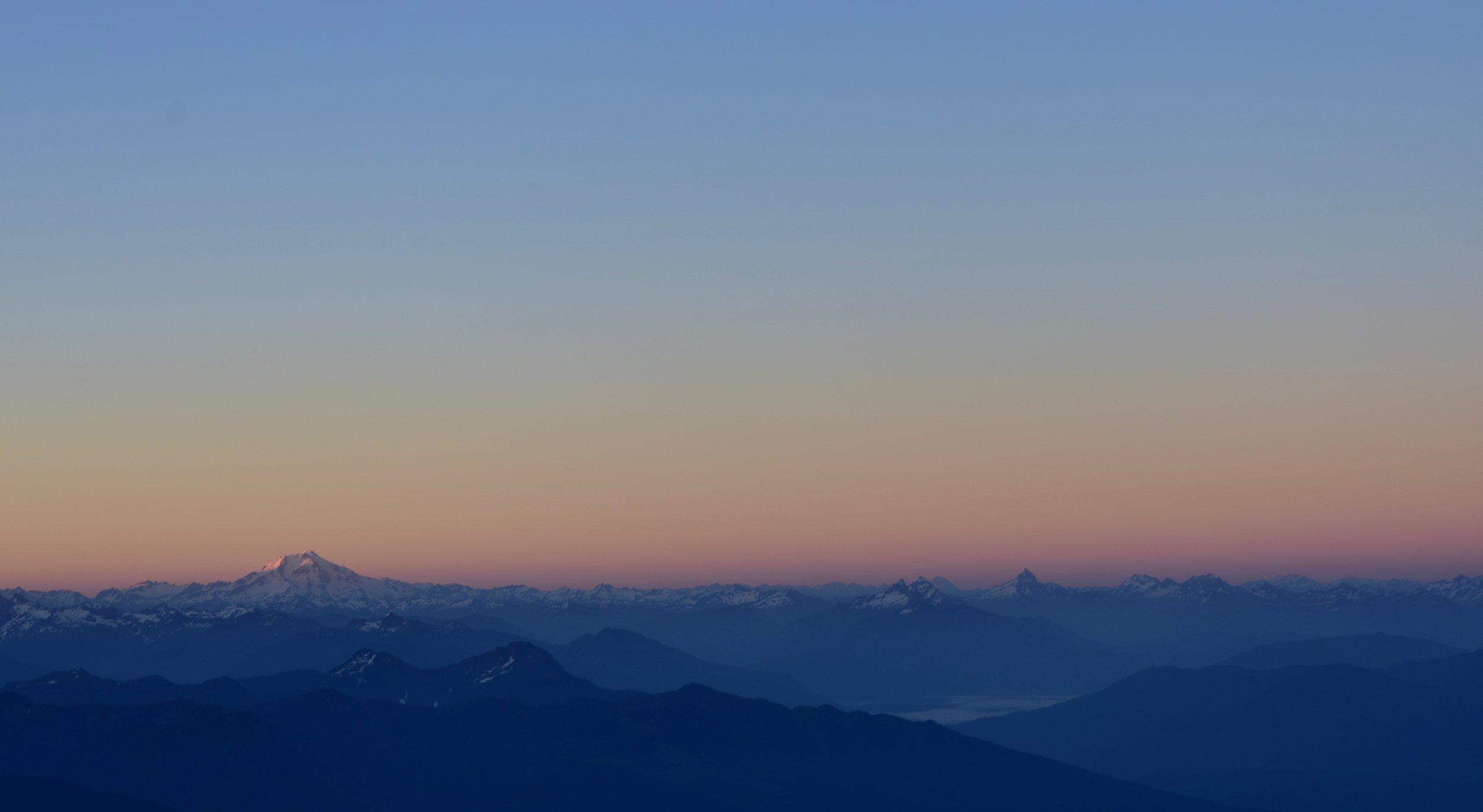 Alpineglow on Glacier Peak