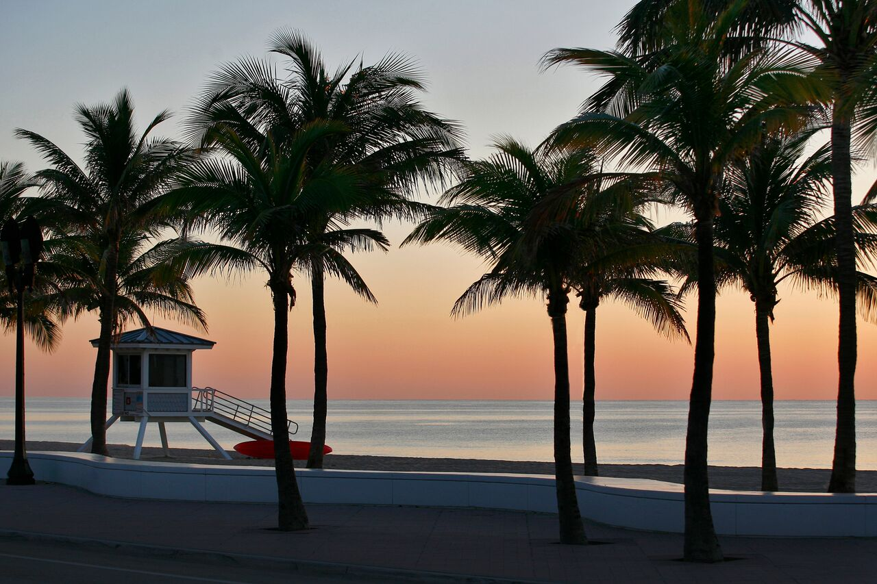 Fort Lauderdale beach at sunrise.JPG