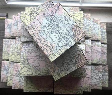 Map favor box