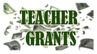 Teacher_Grants_400x.jpg