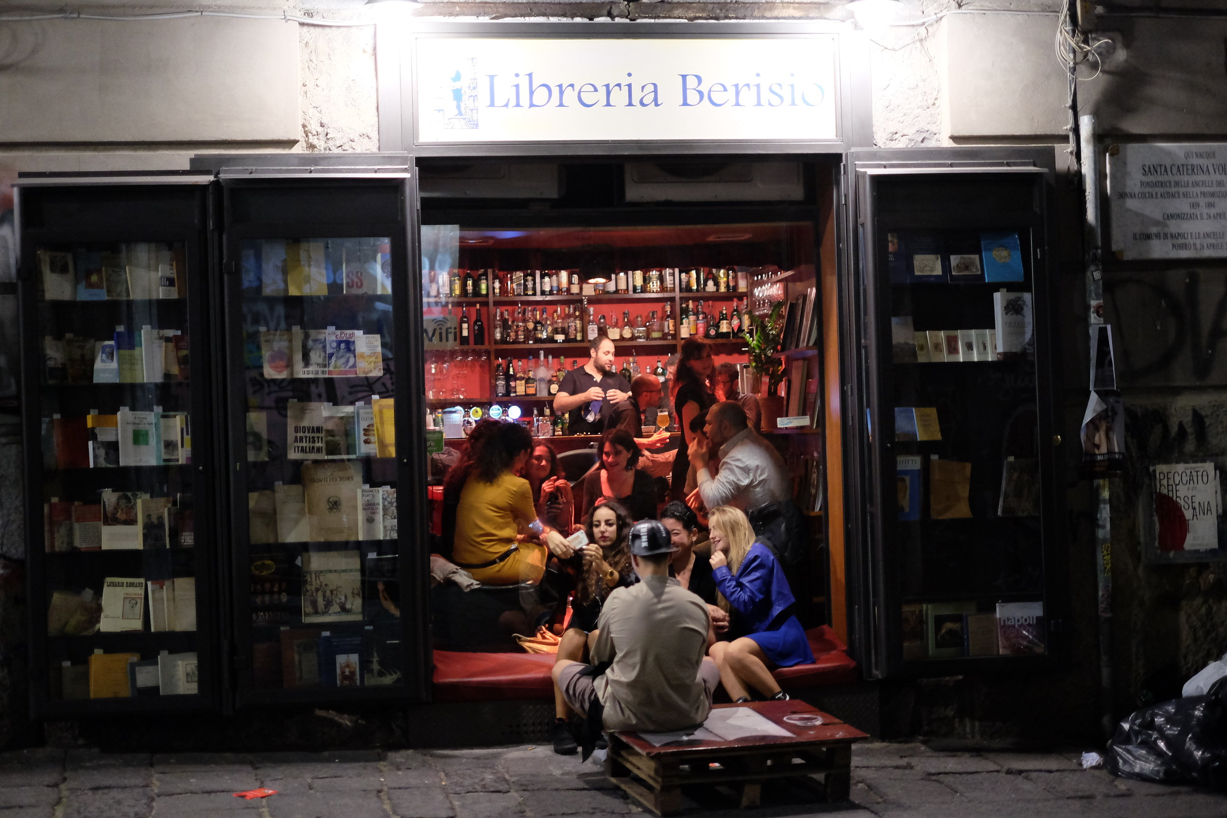 Another book shop/bar Libreria Berisio,  Via Port'Alba, 28, 80134 Napoli.