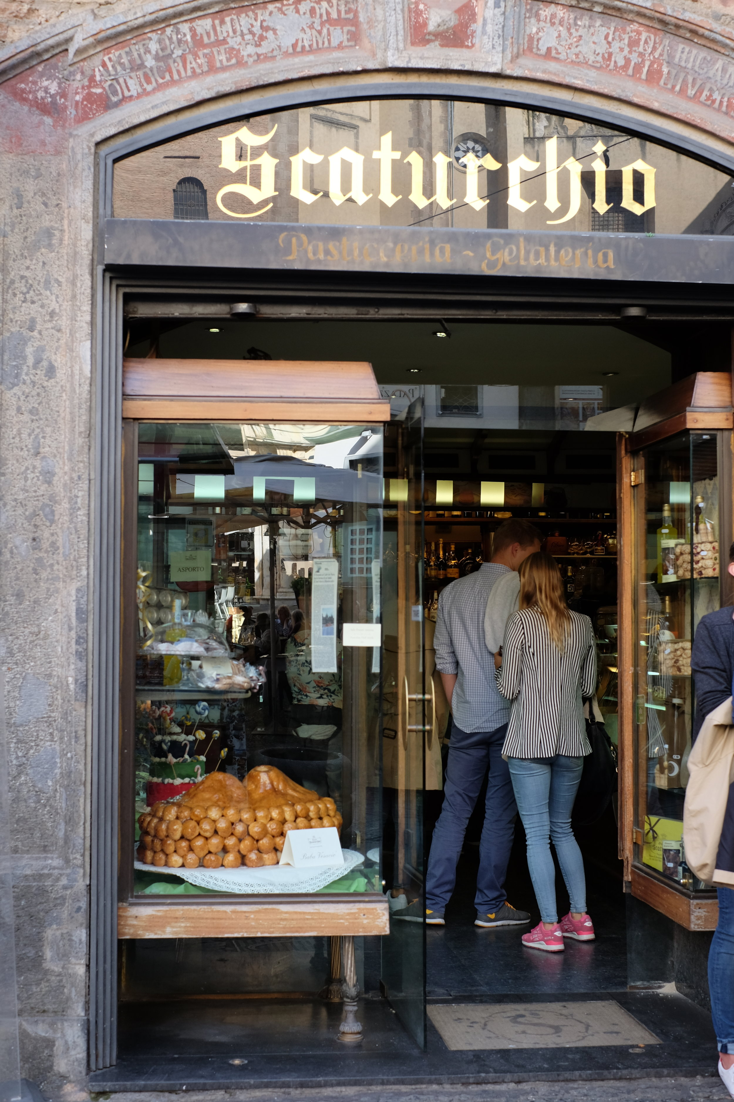 The famous Scaturchio.