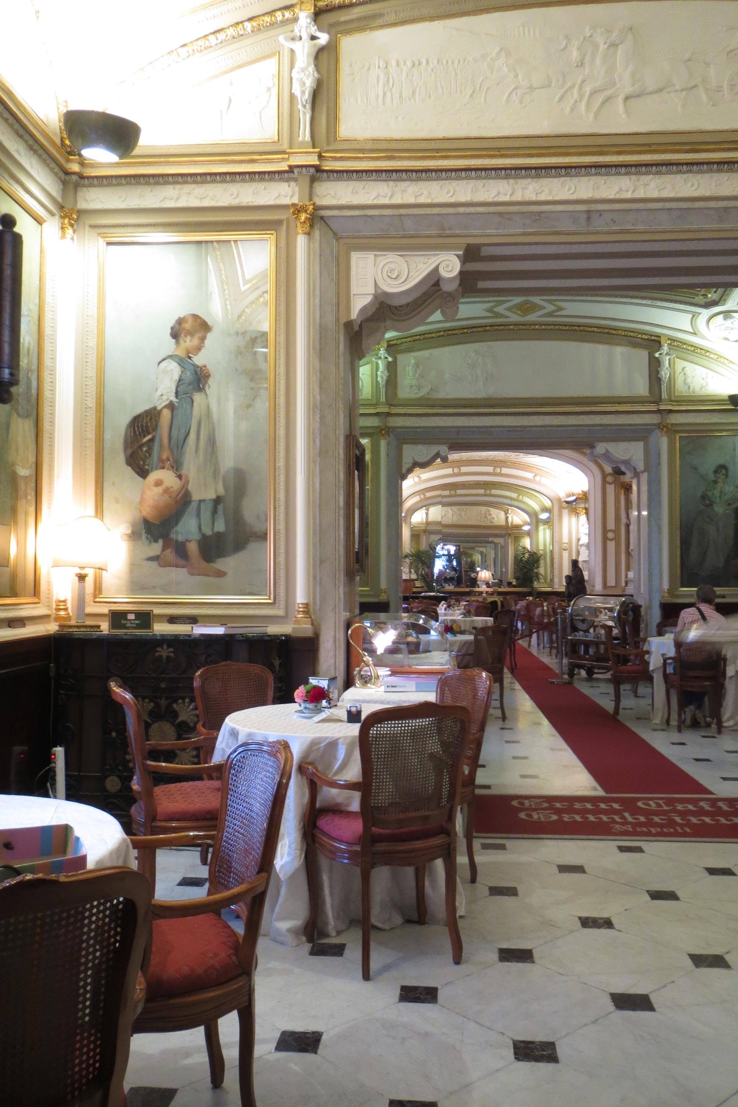 The elegant interior of the caffe' Gambrinus.