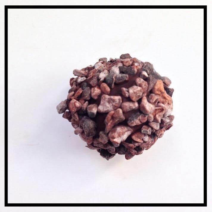 COCOA NIBS   Cocoa nibs and chocolate ganache coated in cocoa nibs