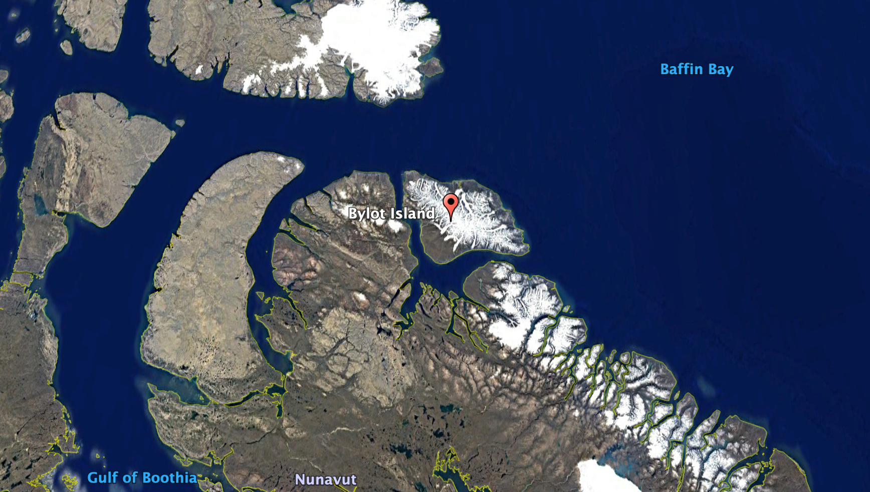 Bylot Island, where the Hawk Mountain team tagged and tracked several snowy owls.