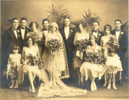 wedding-garter-sets-for-the-garter-toss