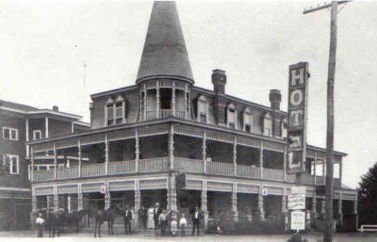 rockledge_hotel_built_in_1895.jpg