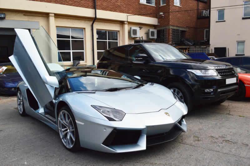 luxury car bodyshop london