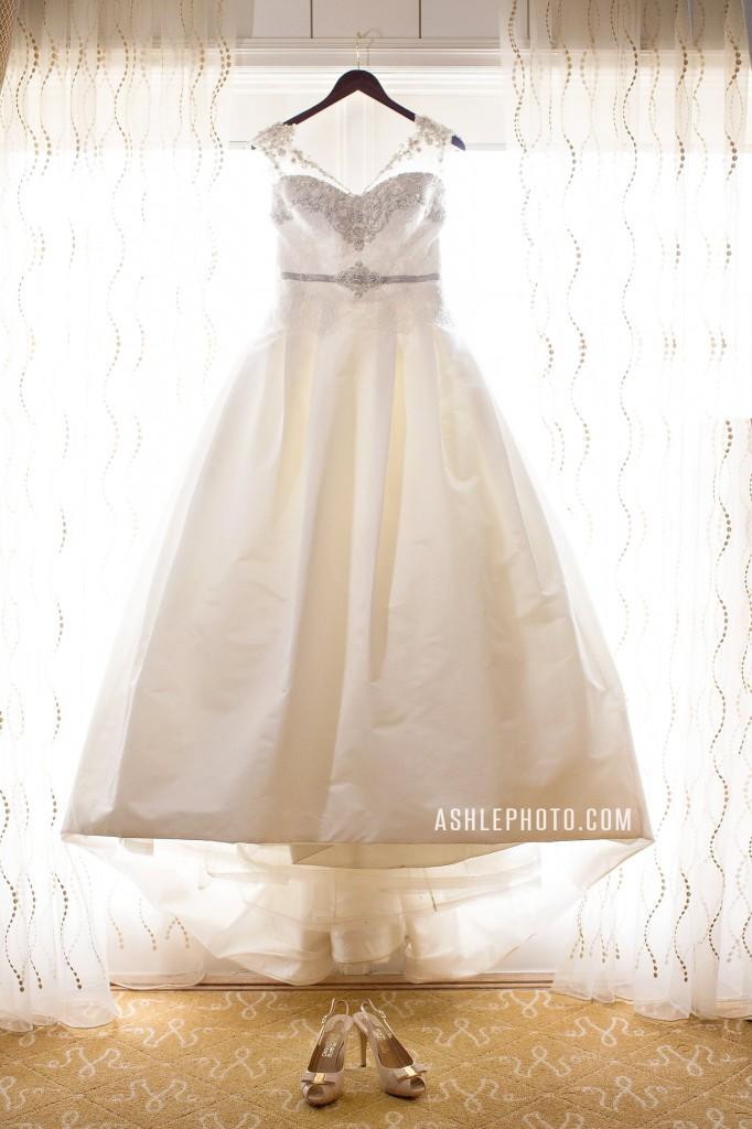 Ritz-Carlton-St-Louis-Club-Wedding-Jason-and-Lauren_0006-682x1024.jpg