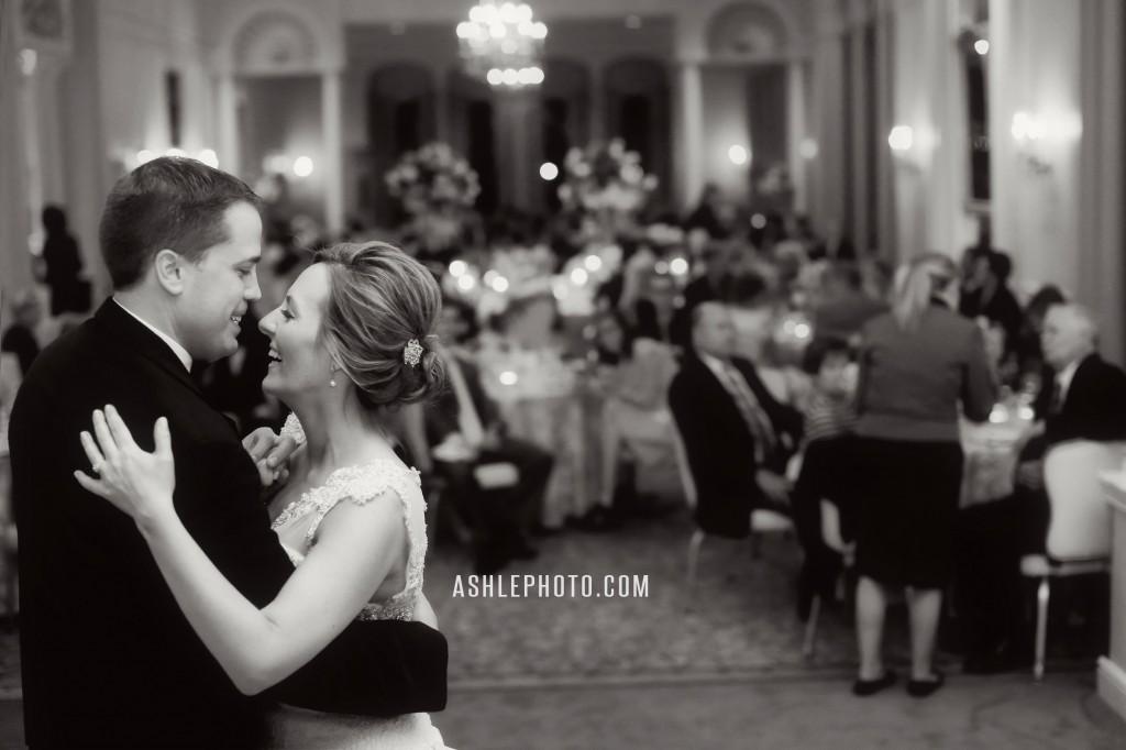 Ritz-Carlton-St-Louis-Club-Wedding-Jason-and-Lauren_0027-1024x682.jpg