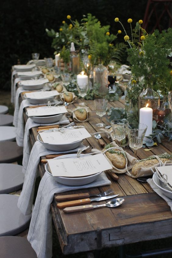 """I need time and space to do """"spontaneous"""" dinners like this one... #dinner #tabledecor #champêtre #music #laughter #goodfood"""