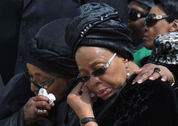 Winnie Mandela x Graça Machel