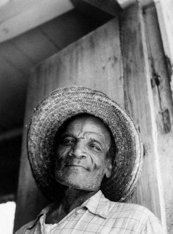 9948_vieil_homme_haiti_1958_rmn.jpg