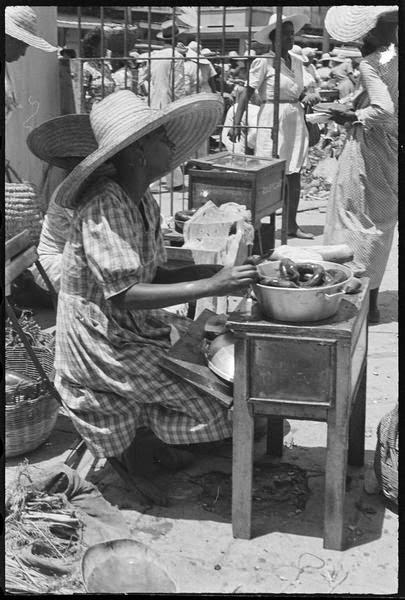 Denise Colomb guadeloupe pointe à pitre 1948 41.jpg