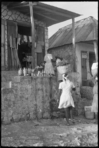 Denise Colomb guadeloupe pointe à pitre 1948 15.jpg