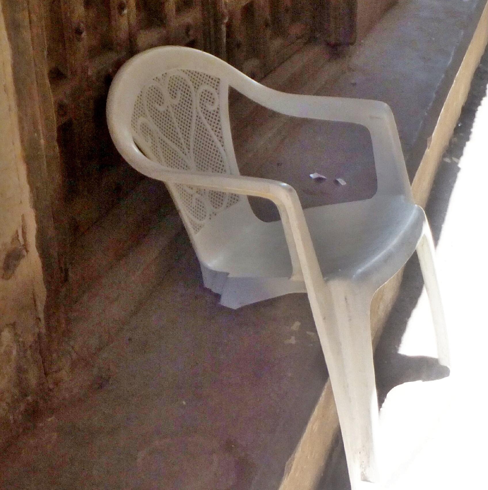 Zanzibar-Africa-genius-chair.jpg